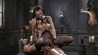 MILF acts evil with obedient man's huge dong