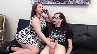 Big titted amateur MILF drenced anent jizz to complete handjob
