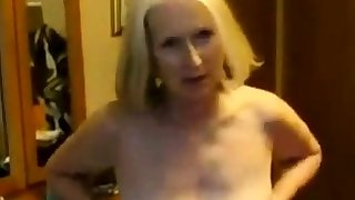 Dwelling Video - Pale Mature and her Lover