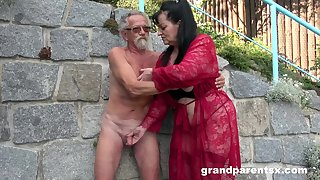 Young unspecific joins a much-older daring lady for a public fourway fuck