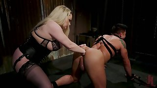 Chubby mistress Aiden Starr puts on a chunky strapon and fucks filial