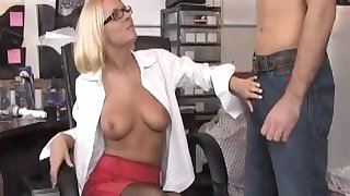 Tow-haired enchase jerks off her boss plus agrees to oral lovemaking